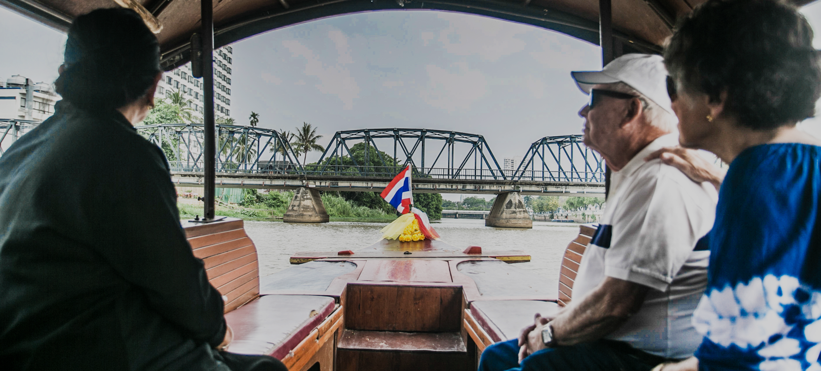 Boat Cruise By Mae ping River Cruise